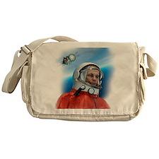 Yuri Gagarin, Soviet cosmonaut, artw Messenger Bag