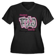wildRoughnec Women's Plus Size Dark V-Neck T-Shirt
