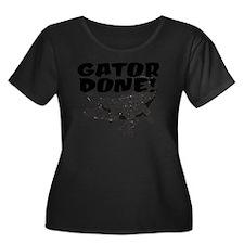 Gator Do Women's Plus Size Dark Scoop Neck T-Shirt