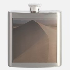 Sand dunes in Death Valley, California Flask