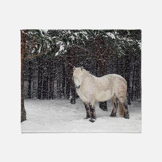 Highland pony Throw Blanket