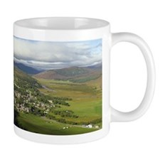 Braemar village, Scotland, UK Mug