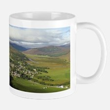 Braemar village, Scotland, UK Mug