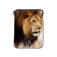 MALE AFRICAN LION iPad Sleeve
