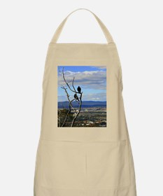 Magpies aloft Apron