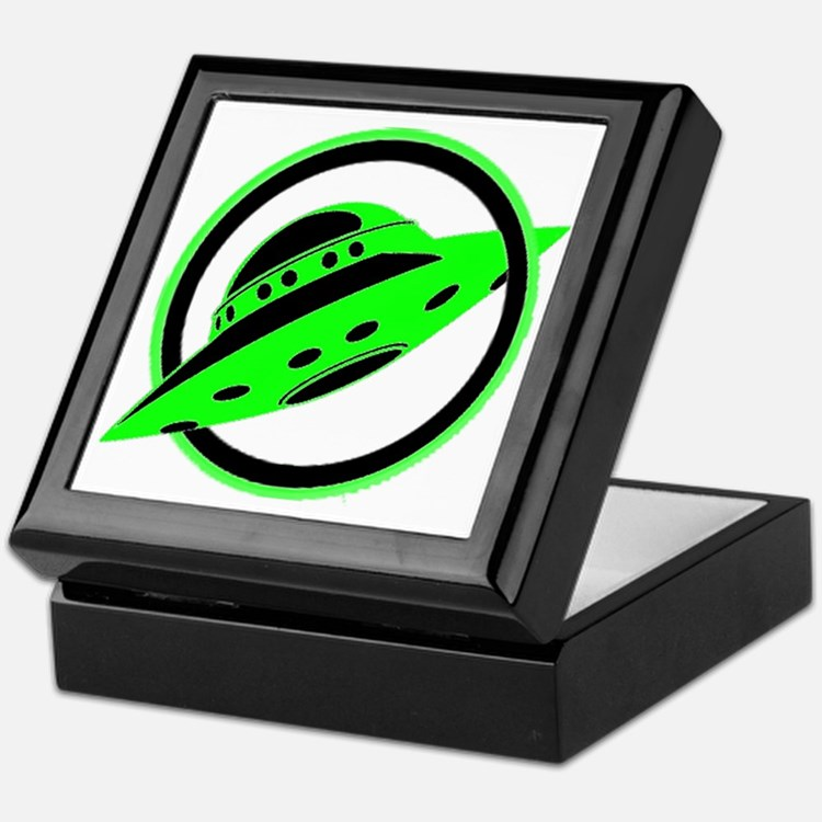 UFO In Flight Keepsake Box