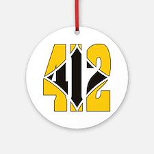 412 Gold/Black-W Round Ornament