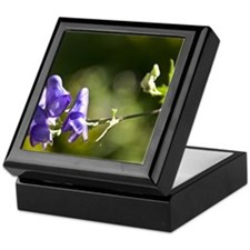 a flower Keepsake Box