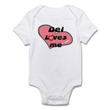 del loves me  Infant Bodysuit
