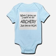 WIGU Archery Mom Infant Bodysuit