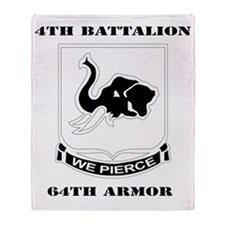 DUI - 4th Bn 64th Armor with Text Throw Blanket