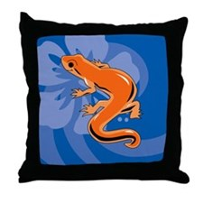 Newt Round Car Magnet Throw Pillow