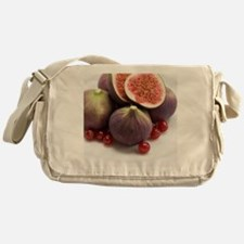Whole and halved figs Messenger Bag