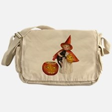 Vintage Halloween witch Messenger Bag