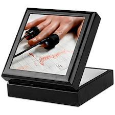 Lie detector test Keepsake Box