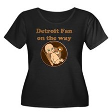 Detroit  Women's Plus Size Dark Scoop Neck T-Shirt