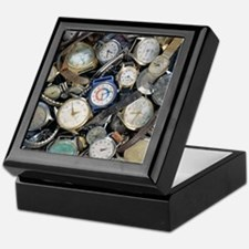Broken wrist-watches Keepsake Box