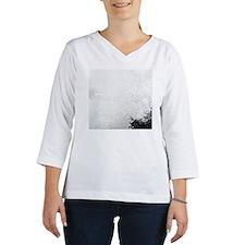 Wave crashing on rocky seashore Women's Long Sleeve Shirt (3/4 Sleeve)