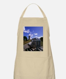 Pipes Apron