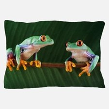 Red-eyed tree frogs Pillow Case