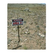 Area 51 UFO site Throw Blanket