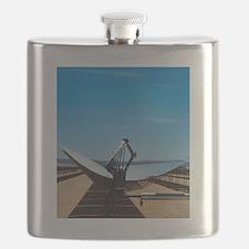 Solar parabolic mirror, California Flask