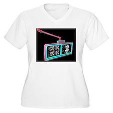 CT scanning monit T-Shirt
