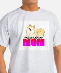 Cream Pomeranian Mom T-Shirt
