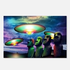 UFOs over statues Postcards (Package of 8)