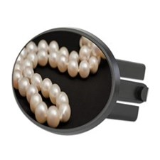 white pearls on black Oval Hitch Cover