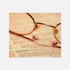 Reading glasses Throw Blanket