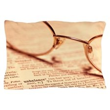 Reading glasses Pillow Case