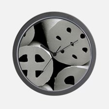 SEM of dacron polyester filling (Hollof Wall Clock