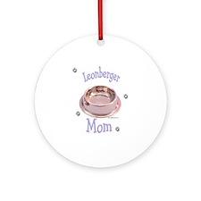 Leonberger Mom Ornament (Round)