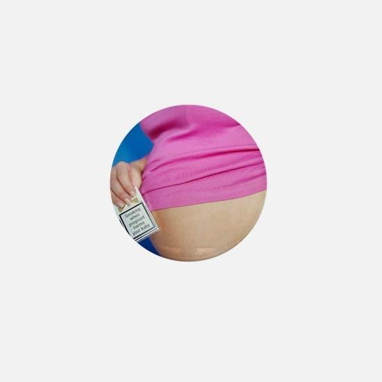 Smoking while pregnant Mini Button