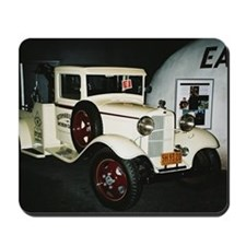 1932 Ford Tow Truck - Mousepad