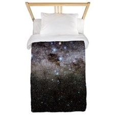 Crux and the southern celestial pole Twin Duvet