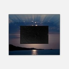 Full moon rising Picture Frame