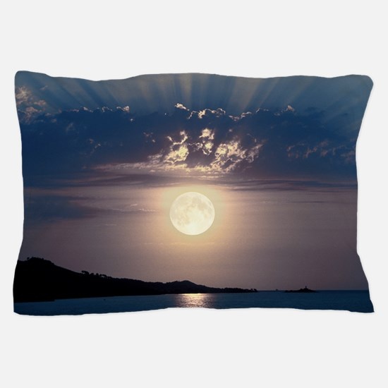 Full moon rising Pillow Case