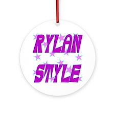 Rylan Style Round Ornament
