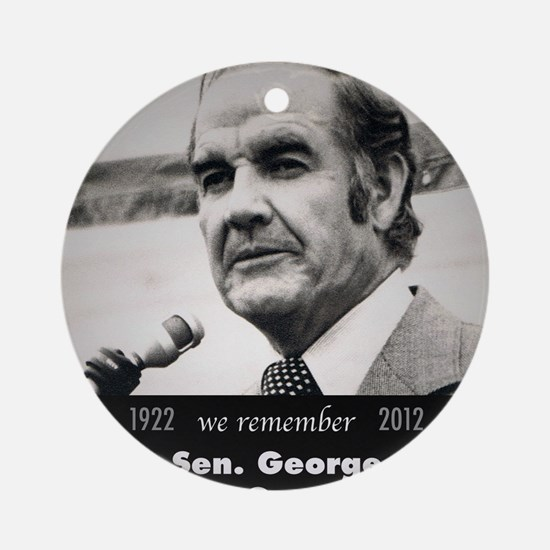 McGovern 1972 Round Ornament