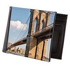 Brooklyn Bridge seen in lower Manhatta Mens Wallet