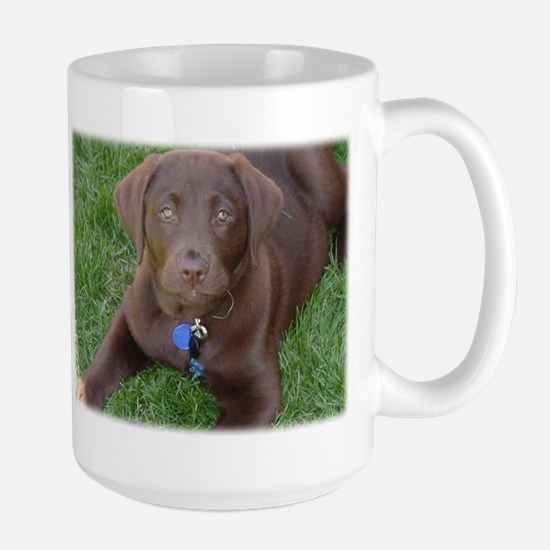 Chocolate Lab Grass Mugs