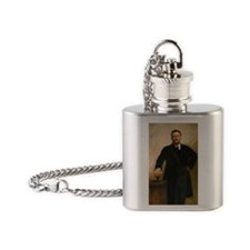 26 Roosevelt Flask Necklace