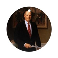 41 George H. W. Bush Round Ornament
