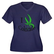 I pot Colora Women's Plus Size Dark V-Neck T-Shirt