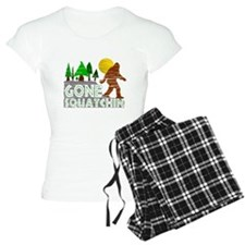 Gone Squatchin Vintage Retr pajamas
