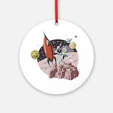 Spaceman2 Round Ornament