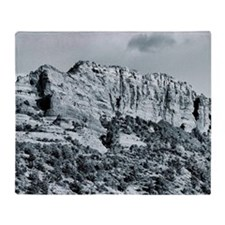Red rock canyon Throw Blanket