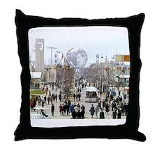 1964 World's Fair/Unisphere Throw Pillow